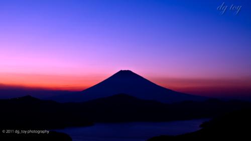 富士の見える夕暮れ