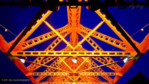 薄明の東京タワー