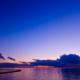 迫る雲と日没