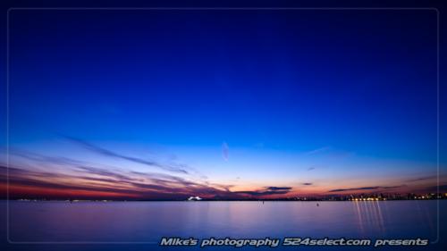 東京湾の夕景色