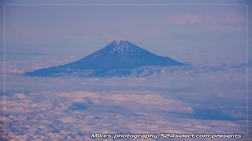 雲海に富士山