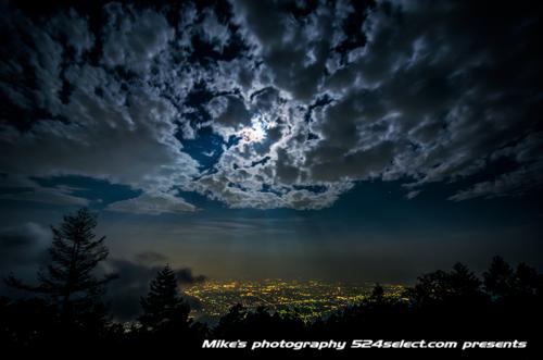 月光の天使の梯子