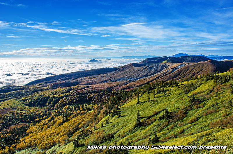 渋峠から見る芳ヶ平湿原の紅葉〜群馬県で北欧のような絶景風景!美しい景色が広がる絶景撮影ポイント