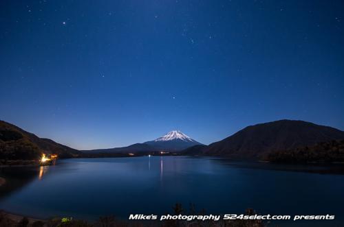 富士山と星空[本栖湖編]